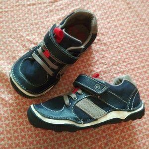 Stride Rite SRT Casual Sneaker (boys) NWOT